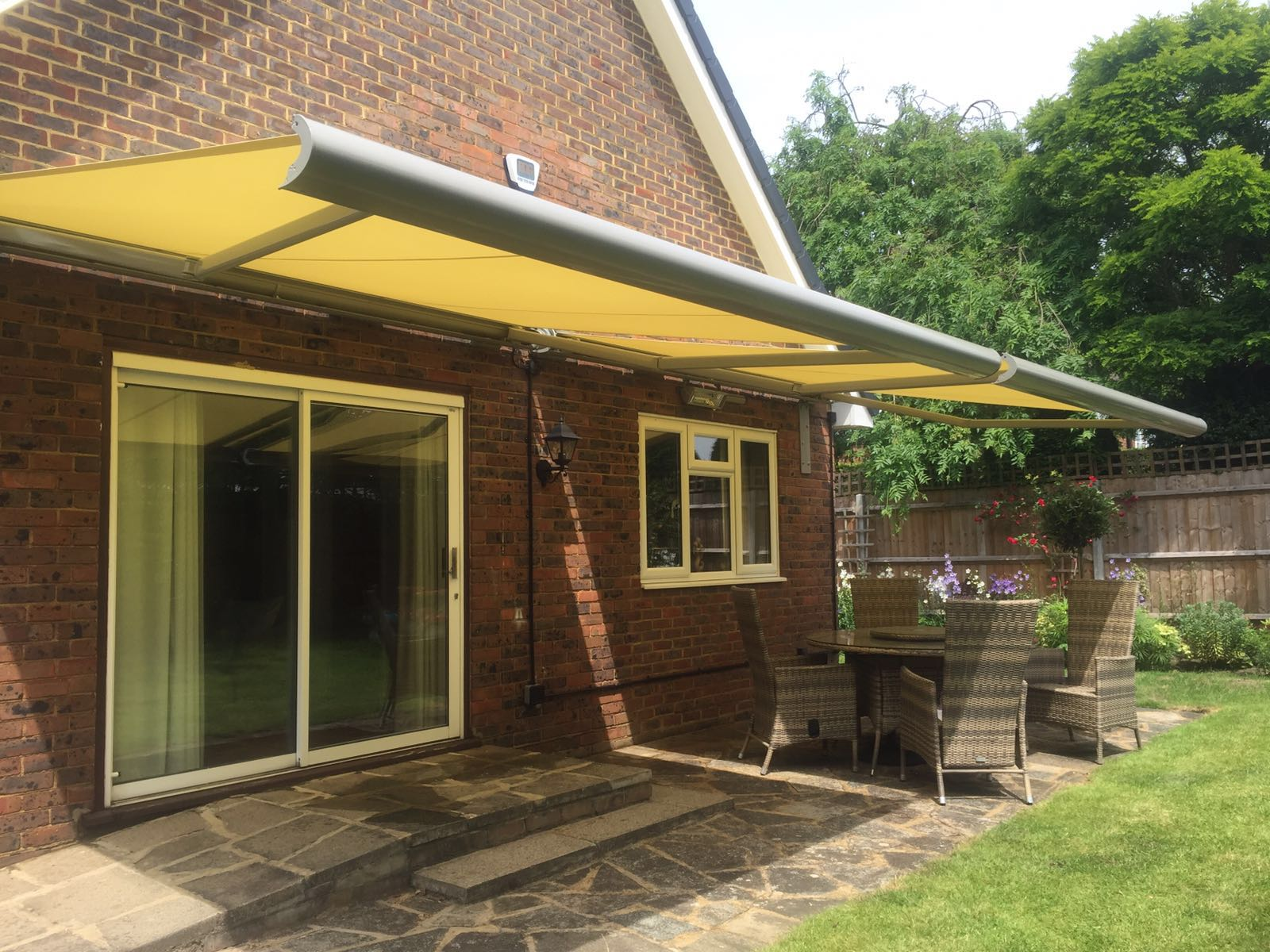electric awnings radiant blindsradiant blinds